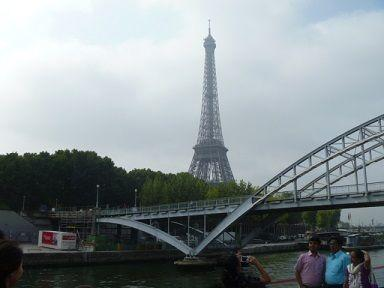 021-Eiffel-Tower