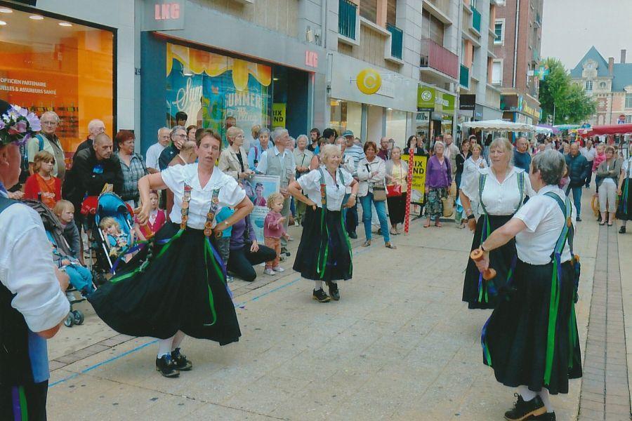 BM-RH-dancers-Orbec-2013