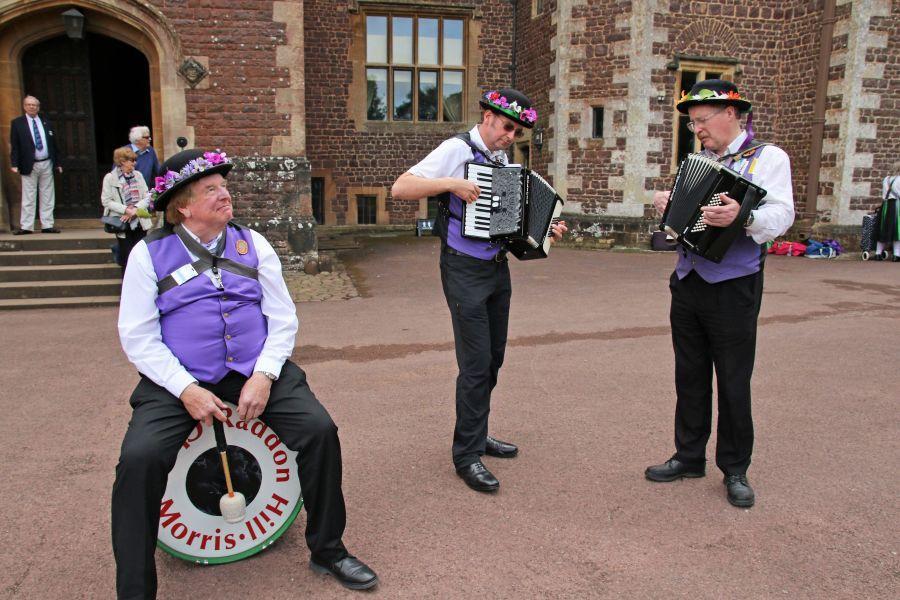 Raddon-Hill-Somerset-weekend---Dunster-Castle-Barry-Robin-David-DL