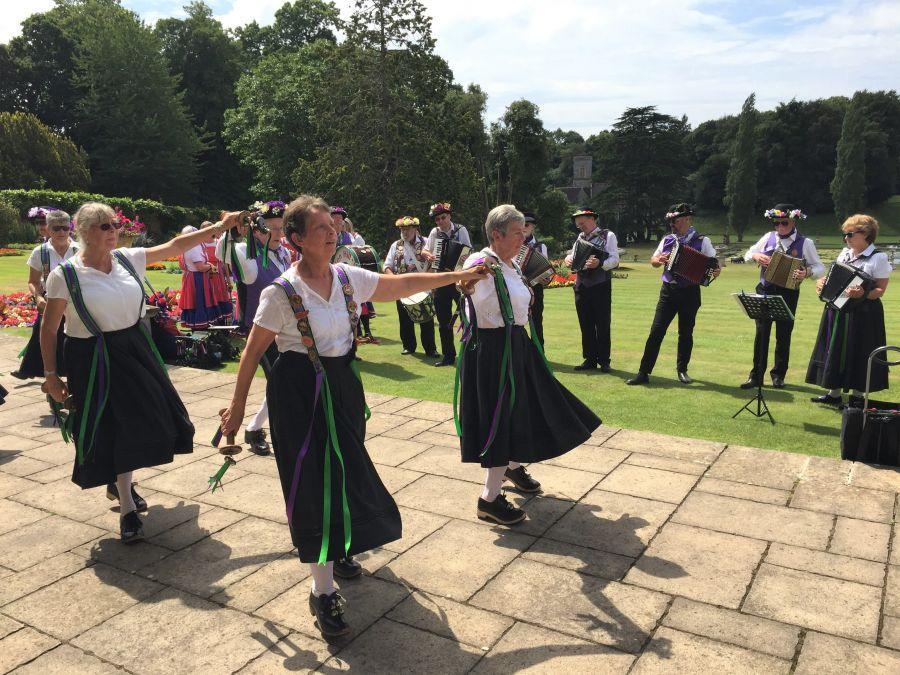 Bicton-Gardens---Raddon-Hill-dancers-5