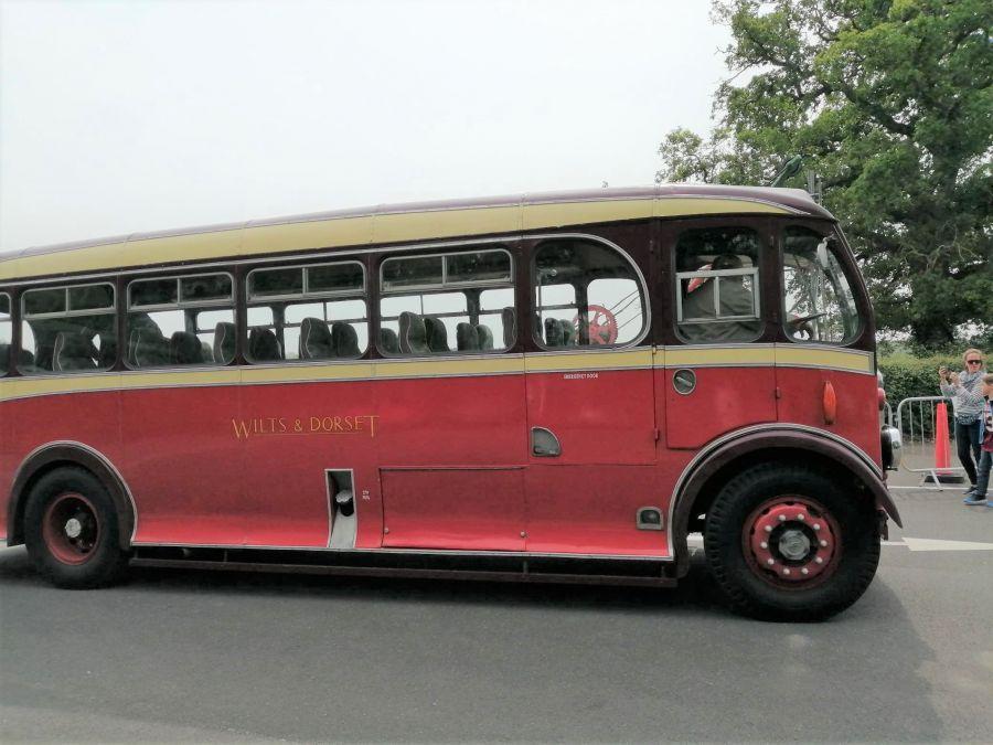 Isle-of-Wight-2019---Judy-2---vintage-bus
