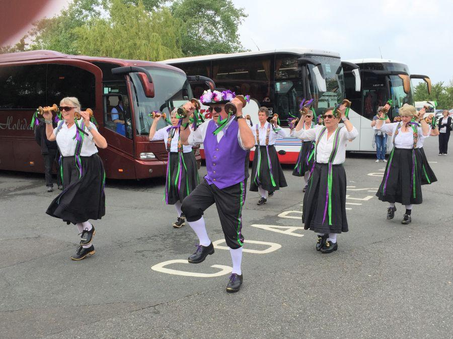 Isle-of-Wight-2019---Raddon-Hill-dancing-at-Godshill-3